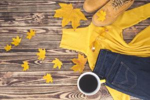 秋、もみじとコーヒー